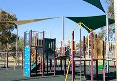 sutherlands_park_playground